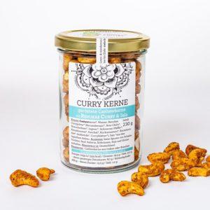 Curry Kerne - geröstete Cashewkerne mit Renukas Curry und Salz